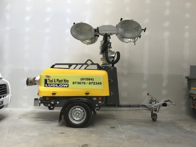 portable lighting tower hire - diesel light tower